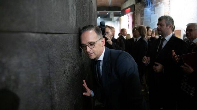 Szef MSZ Niemiec: chciałbym prosić naród polski o przebaczenie