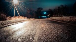 Coraz więcej ostrzeżeń w Polsce. Obfite opady śniegu i oblodzenia