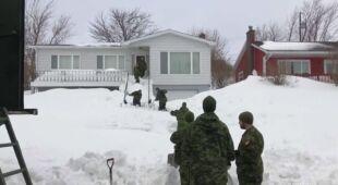 Wojsko przybyło do walki ze śniegiem